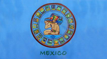 8372394406aa2 Playera turística bordada de Mundo Maya.